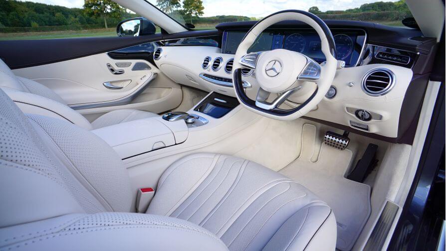 Mercedes instrument cluster